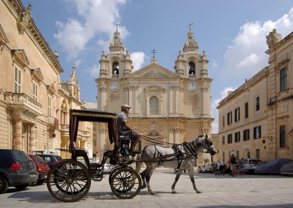 Pasqua 2020 in Sardegna - Pasqua a MALTA Voli Diretti da ...